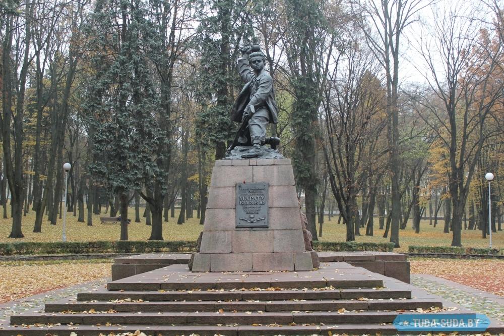 Памятники минск фото цены шоколадница заказать памятник в спб в