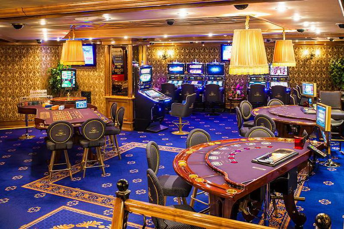 Кто выигрывал в казино в минске фильм смотреть про казино онлайн бесплатно