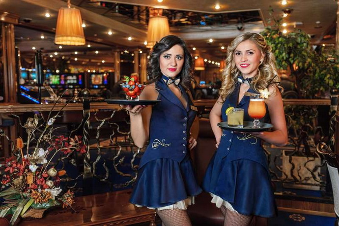 девочки из казино шингрила